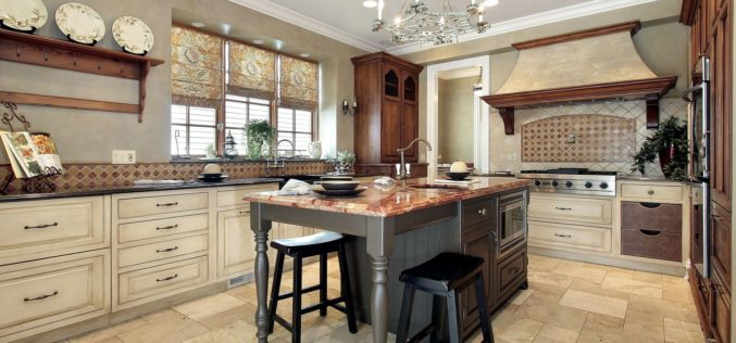 Luxury Kitchen with Granite Top Kitchen Island