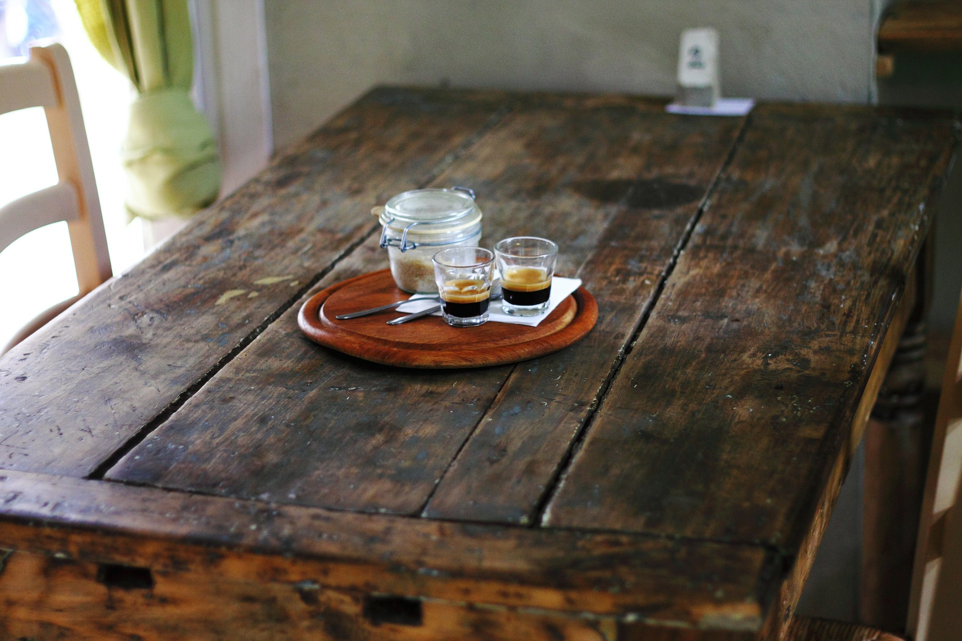 rustic county styled kitchen table