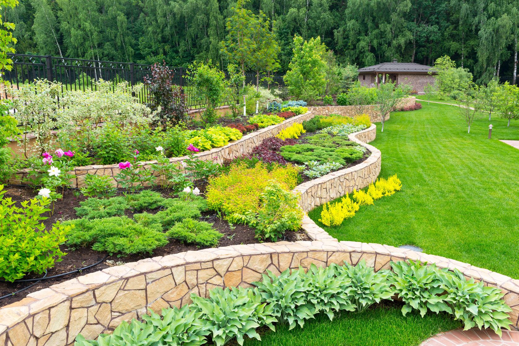 garden landscape contractors