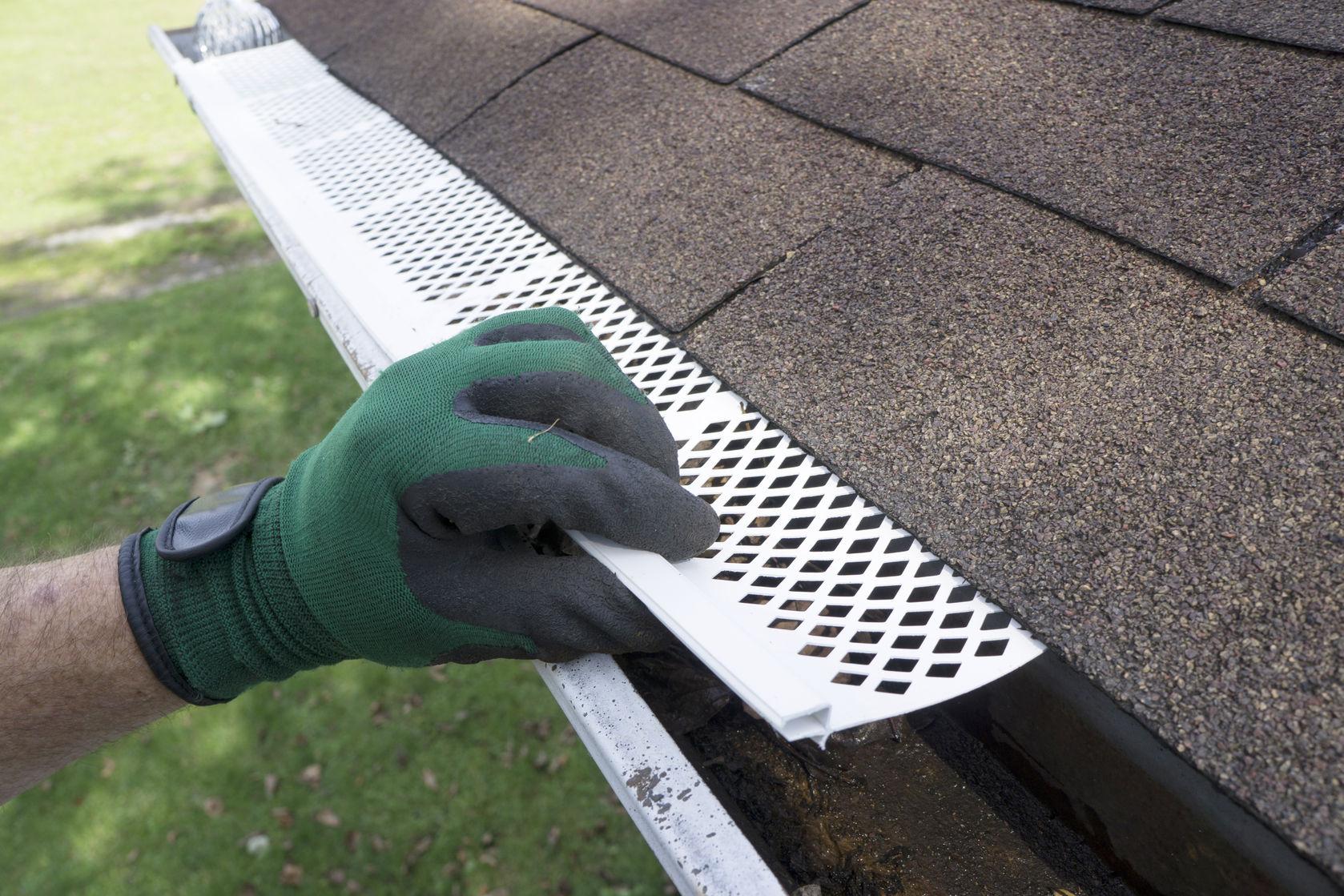 roofing contractors gutter guard