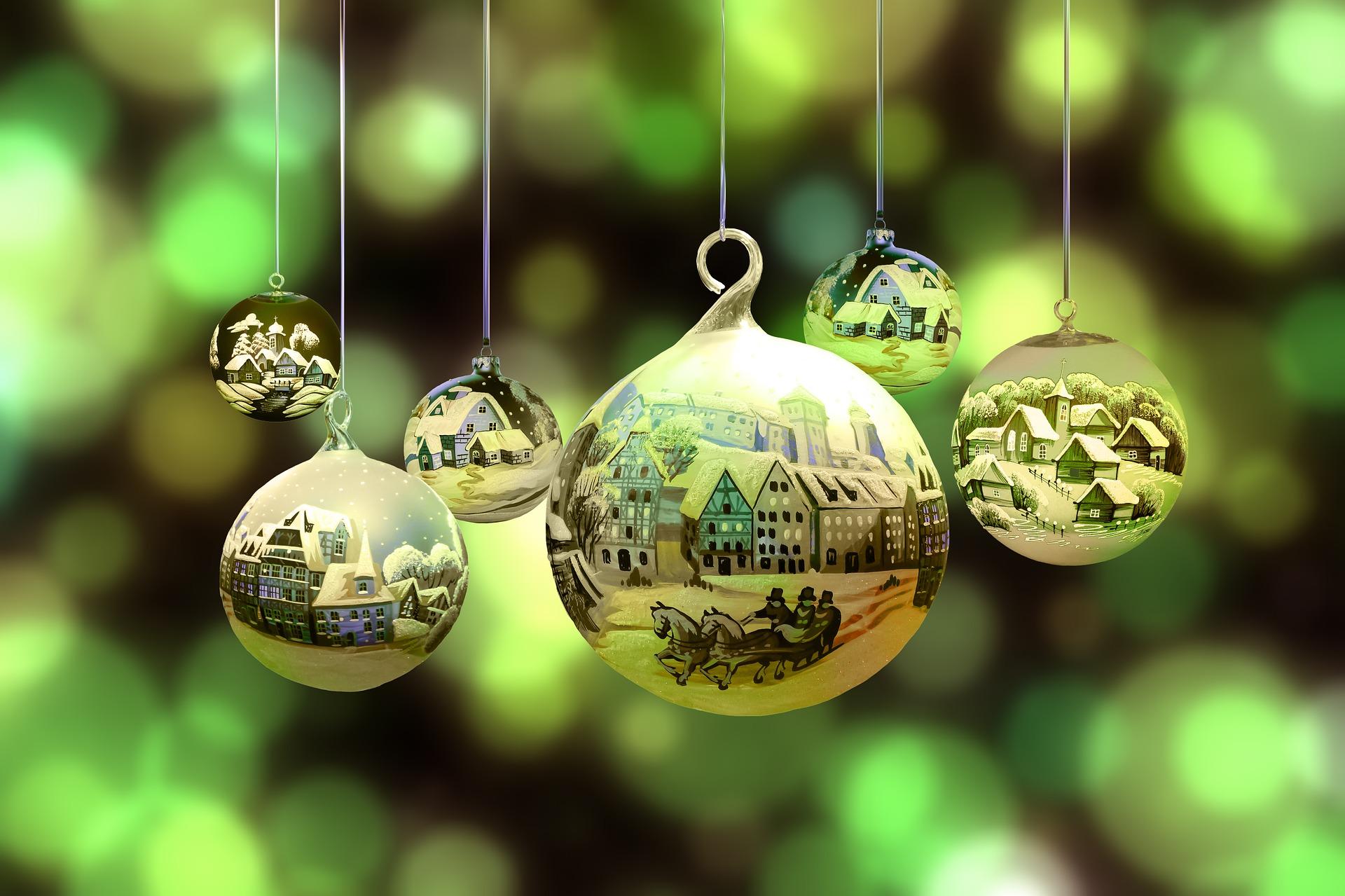 christmas tree ball ornament