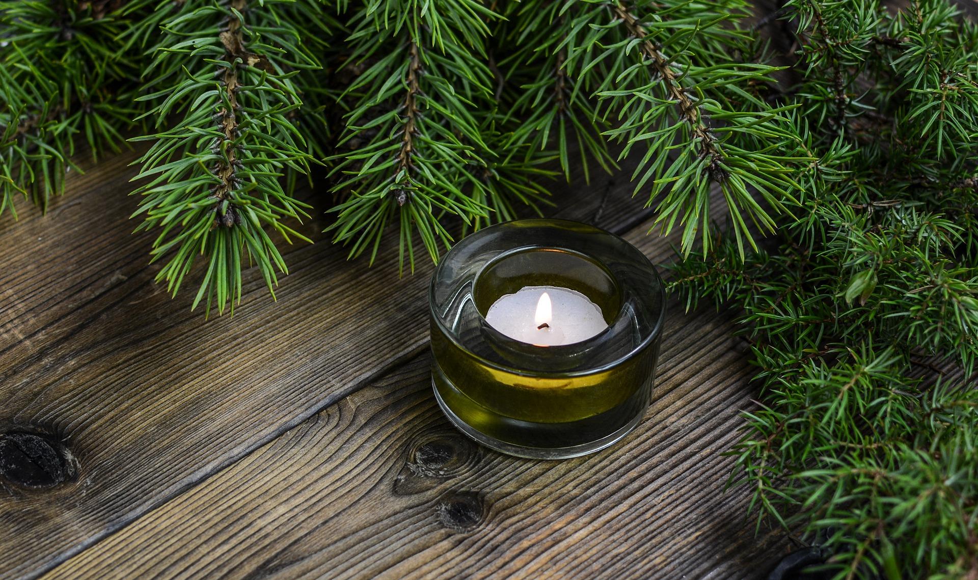 christmas eve candles