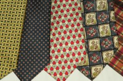 Managing Your Closet Ties and Scarfs