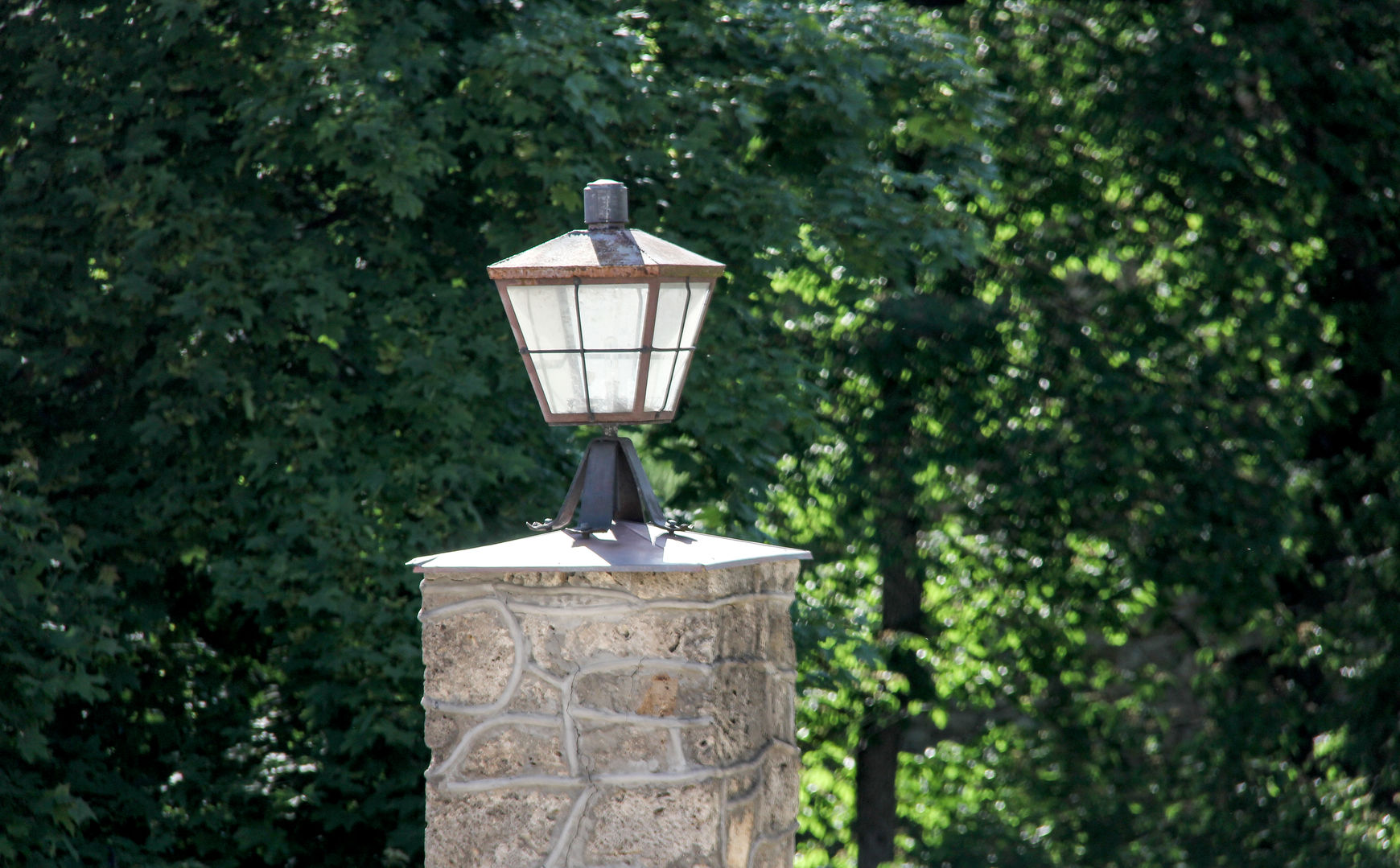 vintage pedestal lamp post