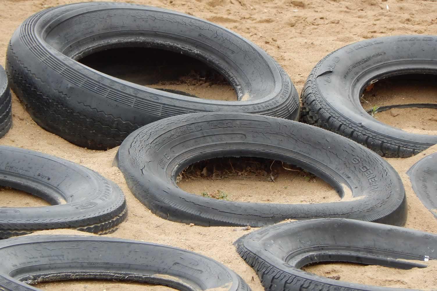sandbox with tires