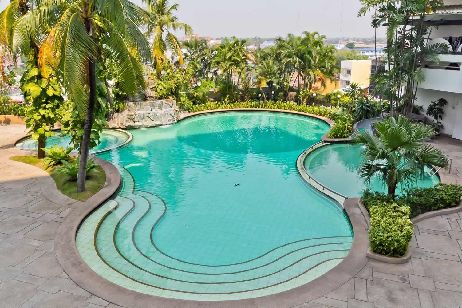 pool hot tub combo