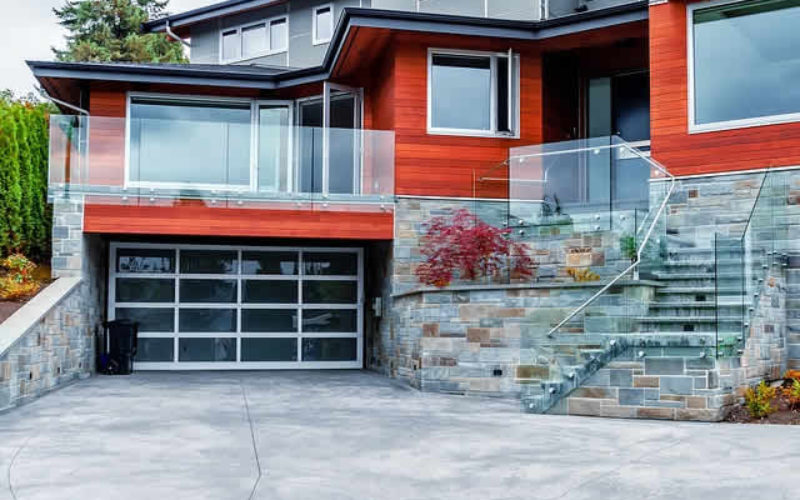 Making a Exterior Home Statement With a Stylish Garage Door