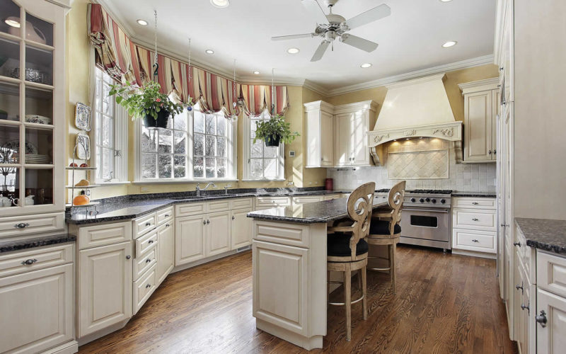Remodeling Your Kitchen – Let's Go With Wood Flooring
