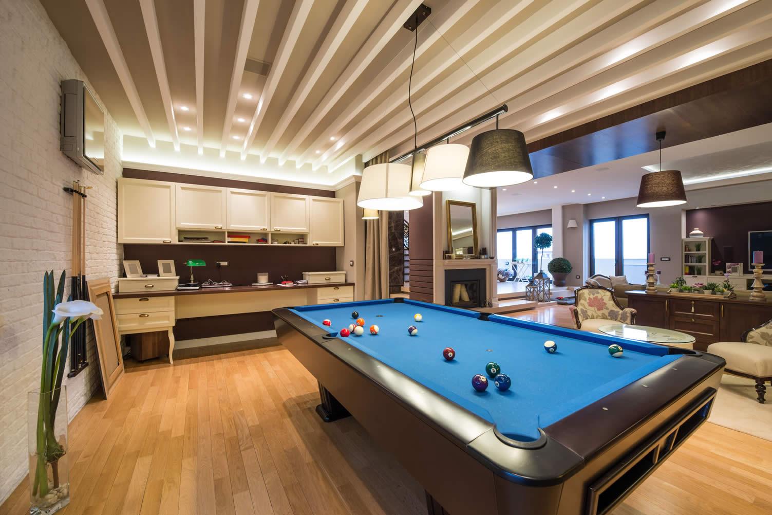 billiard pool table
