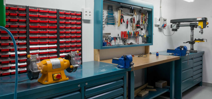 <span>photo image analysis:</span> Organizing Your Garage Work Space