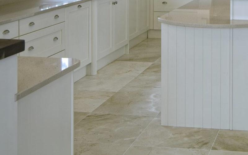 Kitchen Tile Flooring – Better or Not Better Than Wood