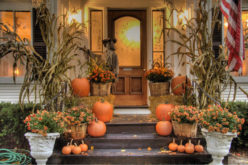 <span>photo image analysis:</span> Halloween House – Some Decoration Ideas