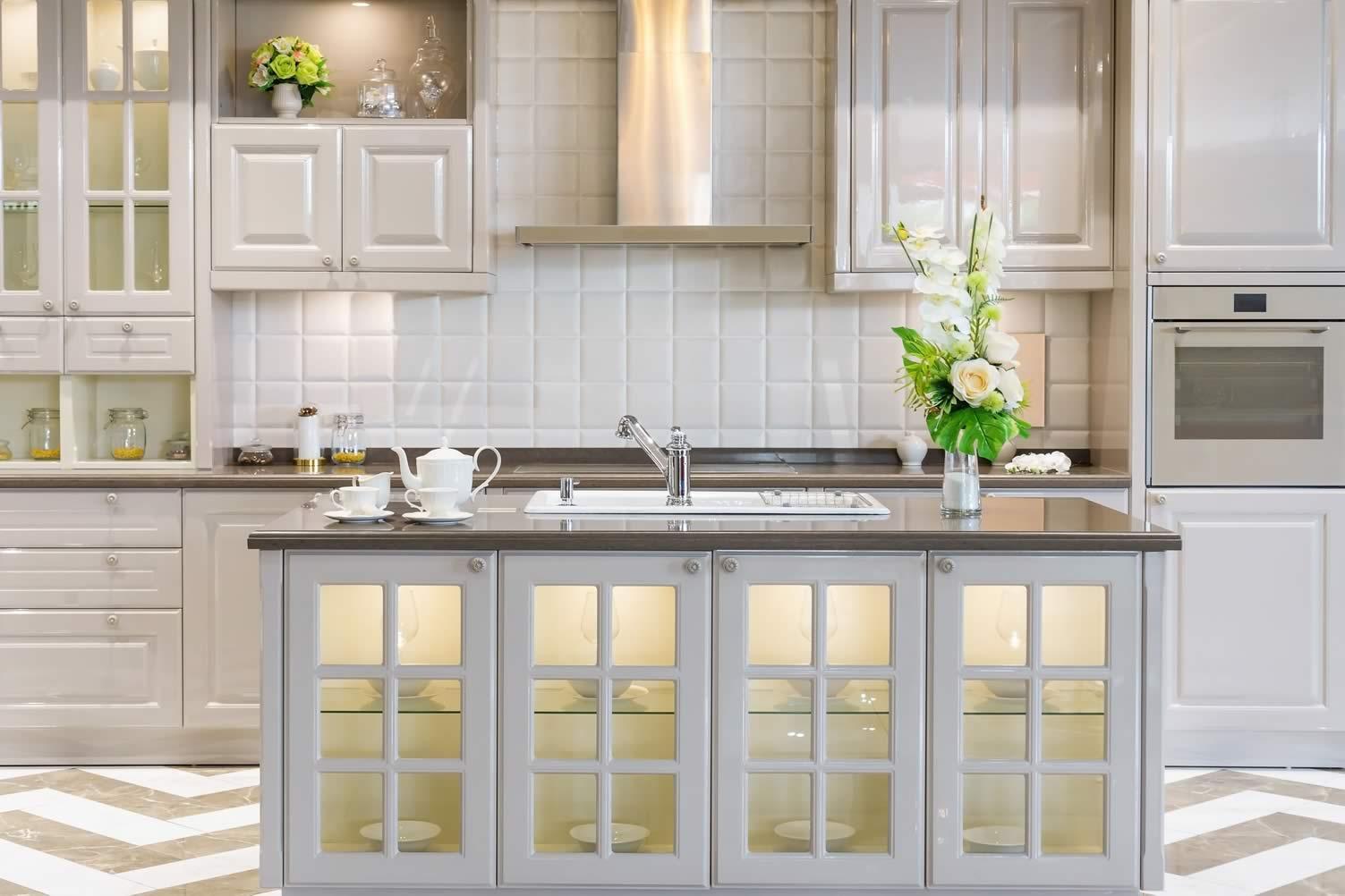 white kitchen pantry