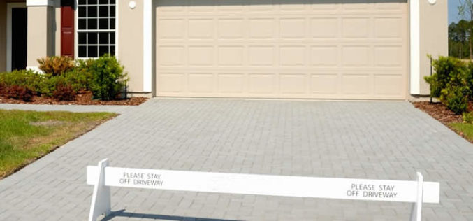 Selecting Your Stone Paver Driveway Type