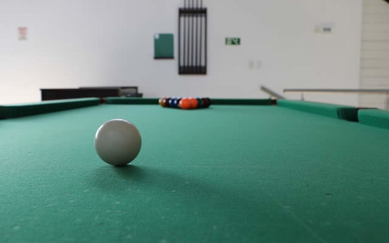 Designing Your Classic Looking Billiard Room
