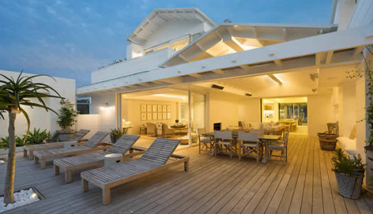 Beautiful Patio Renovations to Consider With Spring Coming
