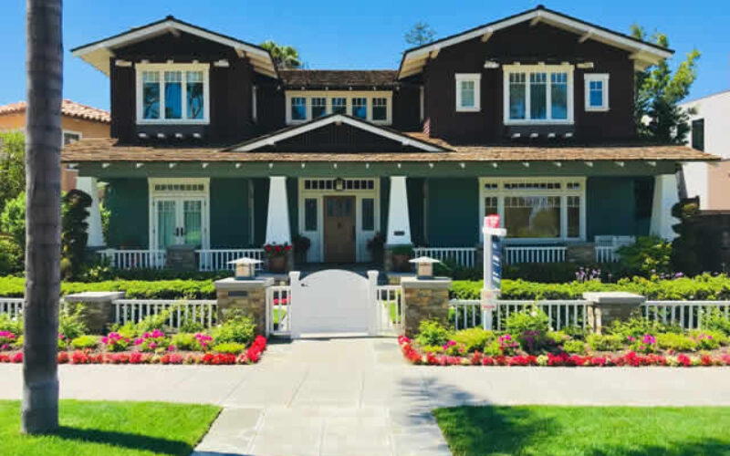 Improve Your House's Curb Appeal with These Tips
