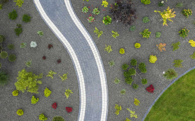 Home Sweet Home: 4 Beautiful Driveway Design Ideas