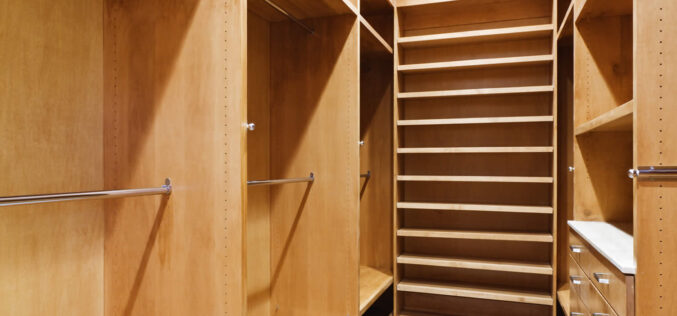 <span>photo analysis:</span> Making Your Bedroom Closet Organized and Functional