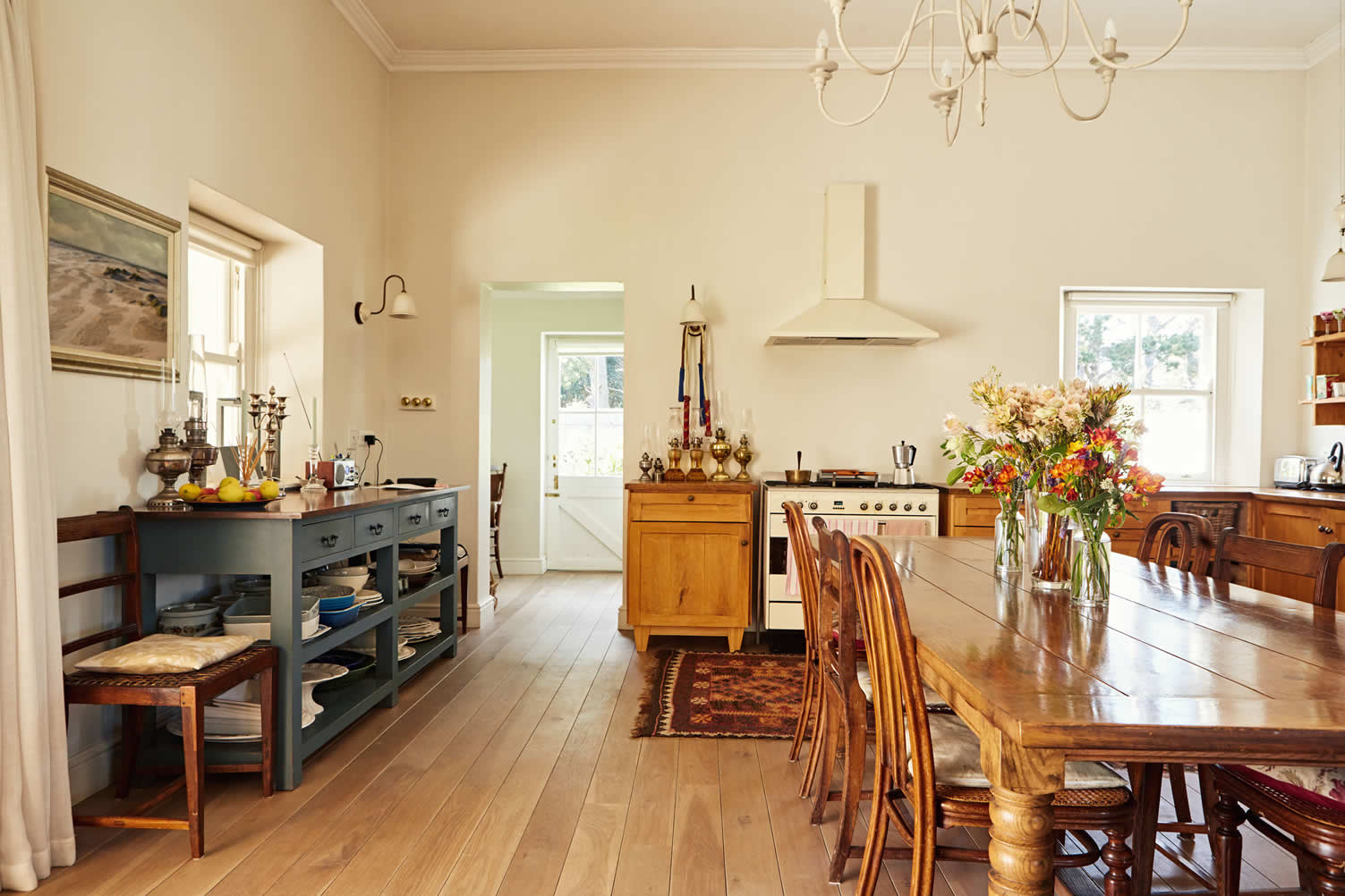 make your dining room less fussy